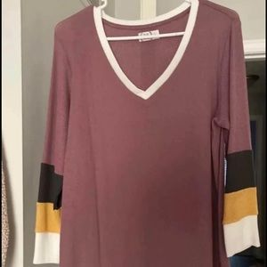 Women's Maurices Long Sleeve V Neck L